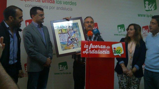 IULV-CA recibe el cuadro donado por la familia de José Pérez Ocaña