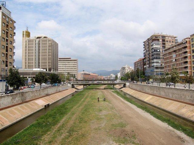 Imagen Del Cauce Urbano Del Río Guadalmedina