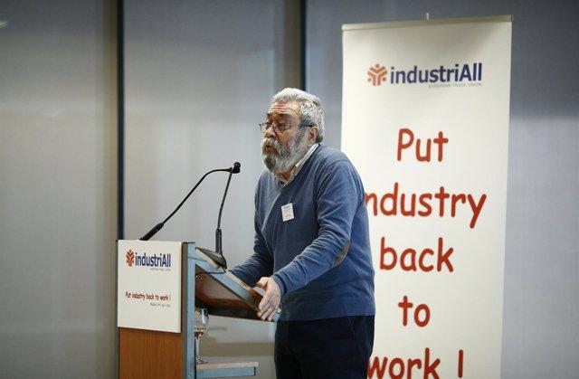 El secretario general de UGT, Cándido Méndez,