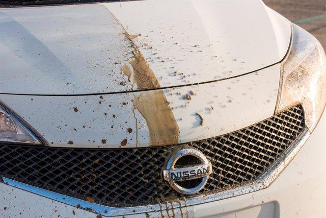 Nueva pintura auto-limpiable de Nissan