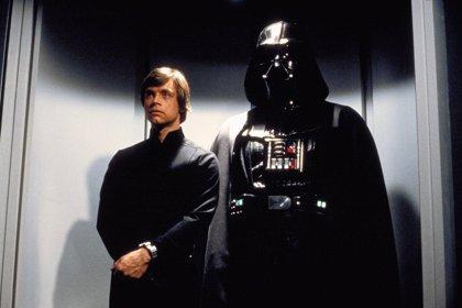 Disney Store celebra el Día Star Wars con la visita de Darth Vader, figuras coleccionables y eventos