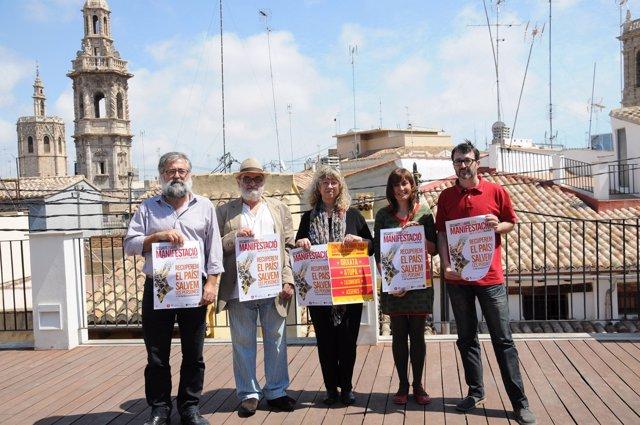 Rueda de prensa de presentación de la manifestación del 25 d'Abril.