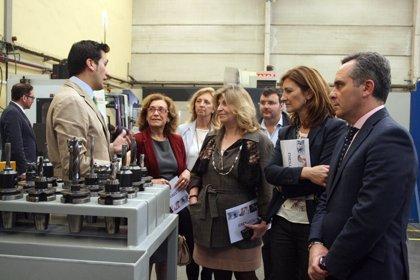 La secretaria de Estado de Empleo y el presidente del PP de Sevilla se reúnen con empresarios alcalareños