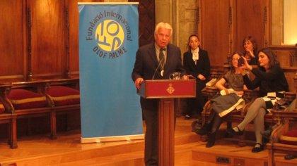"""Felipe González pide reforzar las instituciones europeas para combatir la """"crisis de gobernanza"""""""