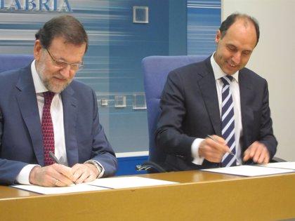 Rajoy ratifica con su firma el convenio de 28 millones para Valdecilla recién aprobado por el Consejo de Ministros