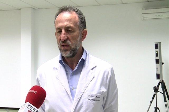 Director de la escuela de fisioterapia de la ONCE, FRancisco JAvier Sainz