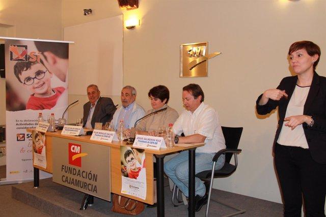 Presentación de la campaña 'X Solidaria'