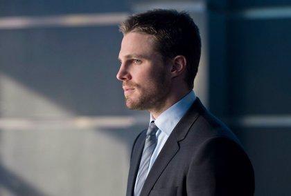 La primera imagen del final de Arrow revela el regreso de un personaje de DC Comics