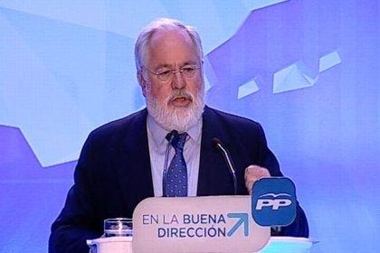 """Arias Cañete visita Jaén con un """"PP movilizado"""""""