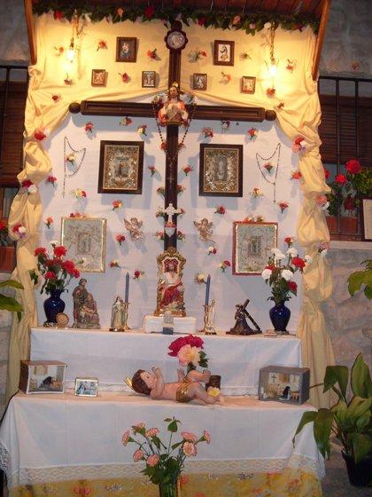 Preparativos para celebrar esta noche la Fiesta de los Mayos