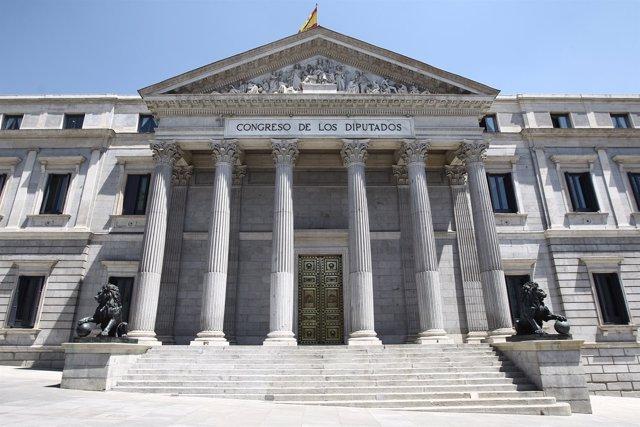 Fachada Del Congreso De Los Diputados