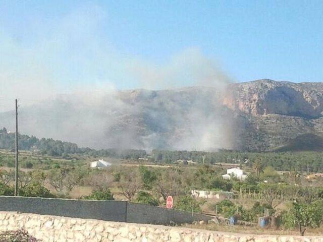 Incendio en el Montgó en Dénia