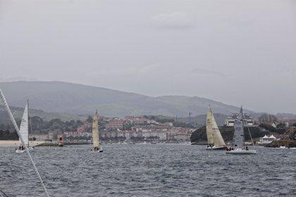 Cuarenta y tres veleros participan en la regata Céltica