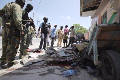 Ya son seis los muertos en el atentado de Mogadiscio contra un alto cargo municipal