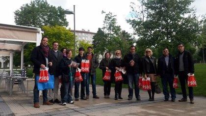 El PSN acerca su programa a las calles en el 135 aniversario de la fundación del PSOE
