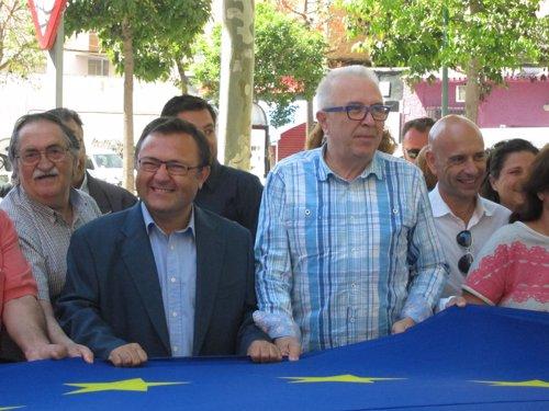PSOE-A, Miguel Angel Heredia, y el consejero de economía,Pepín sánchez Maldonado