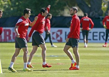 Simeone viaja con toda la plantilla a Valencia