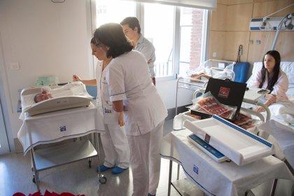 Todas las madres de CyL que den a luz este domingo recibirán el peso de su bebé en jamón ibérico