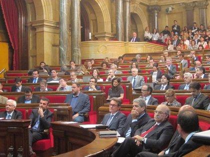 La presidenta del Parlamento catalán vuelve a presidir los plenos tras un mes de convalecencia