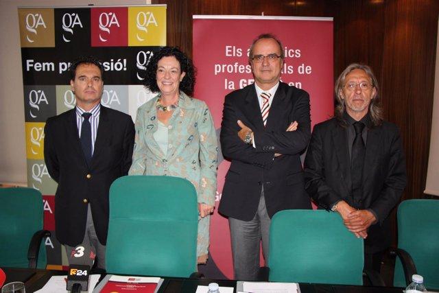L.M.Alonso, C.Dalmau, A.Lluzar y J.Altayó (Col.De Gestores Administrativos)
