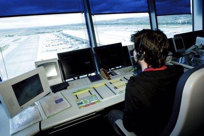 Controladores proponen que les midan a ellos y a los pilotos el Índice de Masa Corporal para evitar apneas del sueño