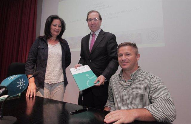 Ana Tamayo y Rafael Jaén en el curso sobre turismo accesible
