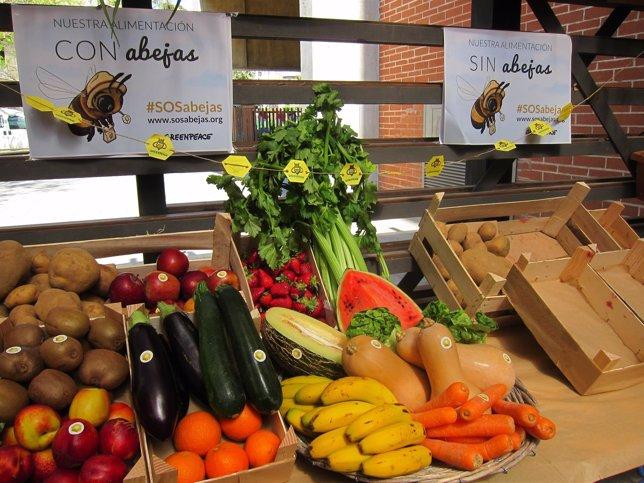 Productos agrícolas que dependen de las abejas y otros que no