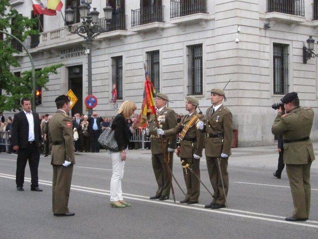 Cerca de 200 civiles juran bandera en Santander
