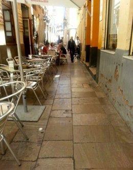 Calle del centro histórico de Malaga bares terrazas