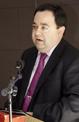 El coordinador regional de UPyD, Rafael Delgado.