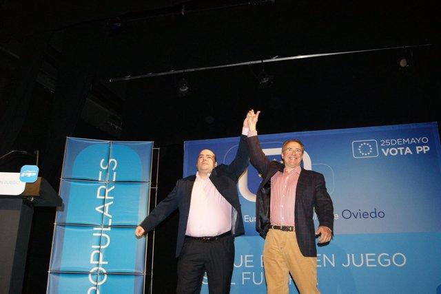 Caunedo y Garriga, durante el acto electoral.