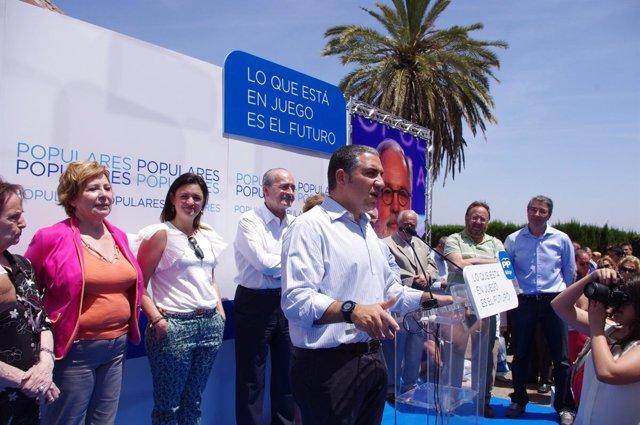 Elías Bendodo en el acto de celebración del Día del militante del PP