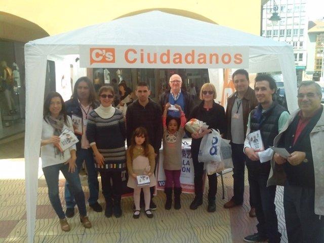 Ciudadanos Cantabria inicia la campaña en Torrelavega