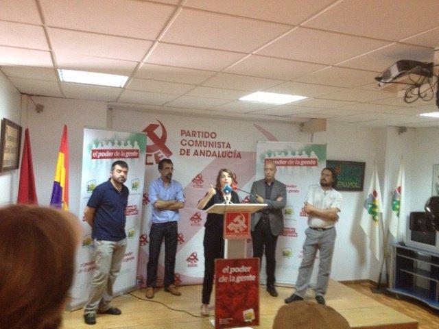 Elena Cortés en el acto IU de Algeciras