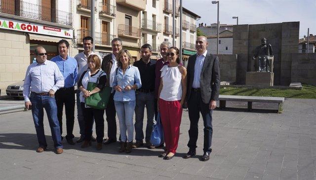El presidente del PP-Huesca, Antonio Torres, visita Graus.