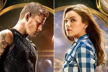Channing Tatum presume de zapatillas voladoras ante Mila Kunis en 'Jupiter Ascending'