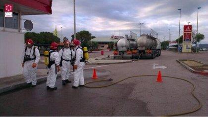 La fuga de ácido de un camión obliga a cerrar el área de servicio de la AP-7 de Benicarló