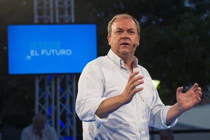 """Monago apela al """"optimismo"""" ante los """"retos"""" de los extremeños"""
