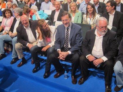 """Camacho (PP) advierte a los canarios que votar a CC es votar """"a favor de la ruptura de España"""""""