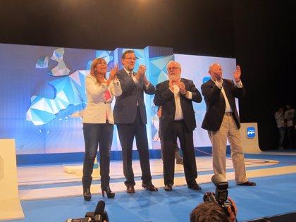 """Rajoy dice que los militantes del PP catalán garantizan que """"no pasará nada que haya que lamentar"""""""