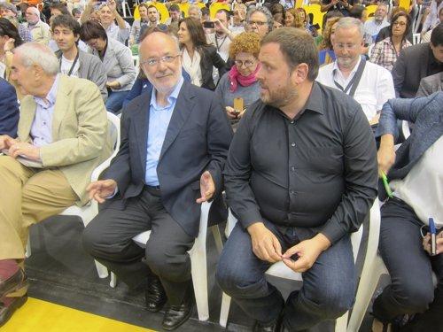 Los candidatos E.Maragall y J.M.Terricabras y el presidente de ERC O.Junqueras