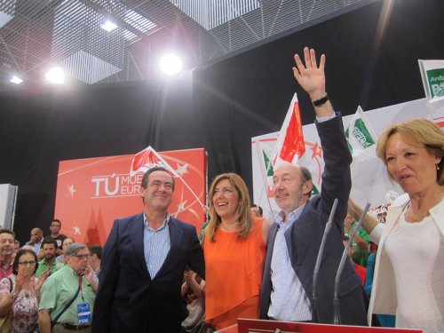 José Bono, Susana Díaz y Alfredo Pérez Rubalcaba en un mitin en Almería