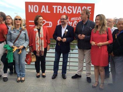 """El PSOE alerta del """"peligro"""" de votar la lista """"trasvasista del PP"""""""