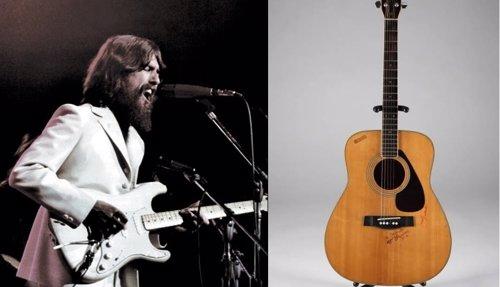 George Harrison y su gitarra vendida en 657.000 dólares