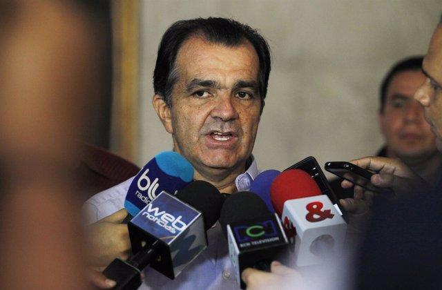 Óscar Iván Zuluaga candidato presidencial colmbiano
