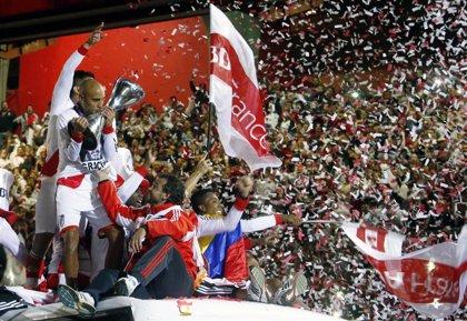 River gana título y alivia los peores años de su historia en Argentina
