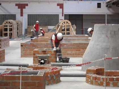La afiliación en el sector de la construcción crece un 0,8% en la Región, el segundo mayor aumento por CCAA