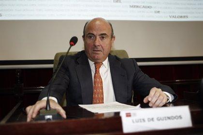 Guindos afirma que el planteamiento es continuar con el Plan PIVE