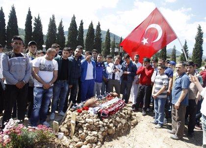 Erdogan defiende la respuesta gubernamental ante el desastre en la mina de Soma