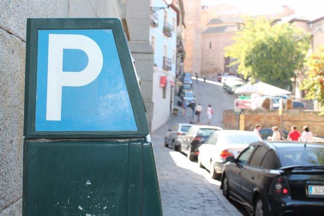 Zona azul, linea azul, zona de aparcamiento